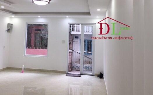 Bán căn nhà Nguyễn Thị Nghĩa P2 Đà Lạt ngay trung tâm giá rẻ tiện an cư