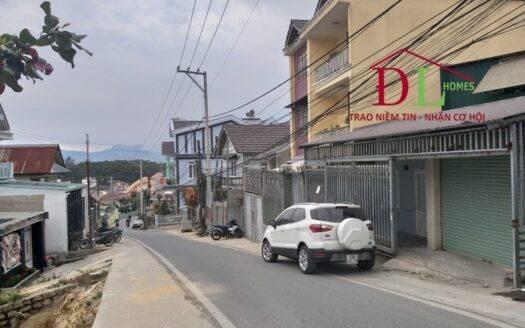 Bán lô đất mặt tiền Ngô Thì Nhậm P4 Đà Lạt gần trung tâm