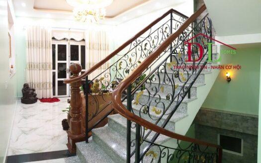 Bán căn nhà mới Lê Hồng Phong Phường 4 Đà Lạt ngay trung tâm view đẹp giá đầu tư